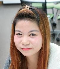 LE THI THUY DUNG 東亜国際外語学院